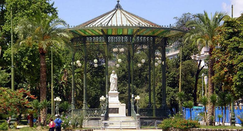 La Villa Comunale a Napoli