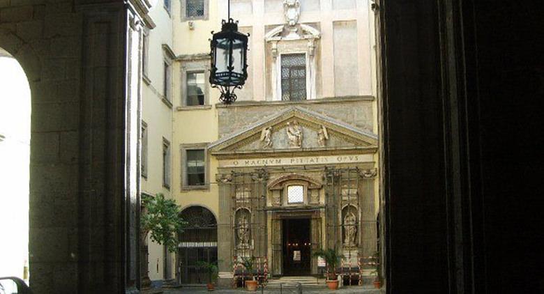 Chapelle du Monte di Pietà au Palazzo Carafa à Naples
