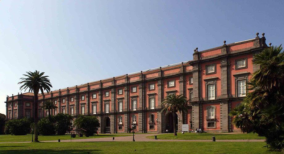 Esterno del Museo di Capodimonte a Napoli