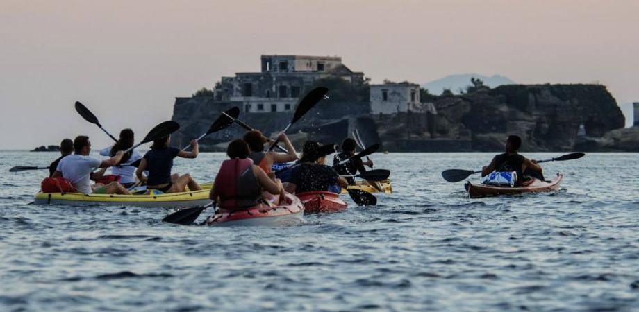 kayak in Posillipo in Naples