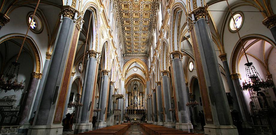 Kirche San Domenico Maggiore in Neapel