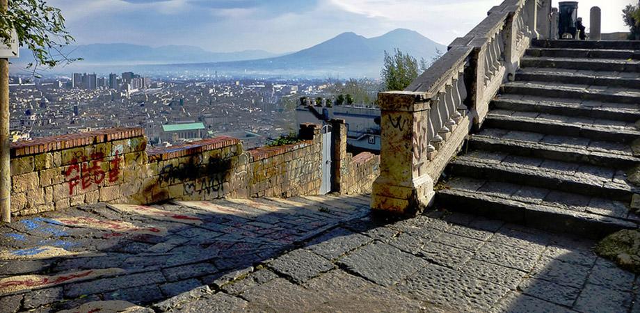 Pedamentina in Neapel