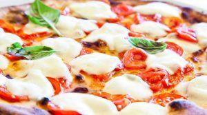 Pizza Margherita, le migliori pizze di via Tribunali a Napoli