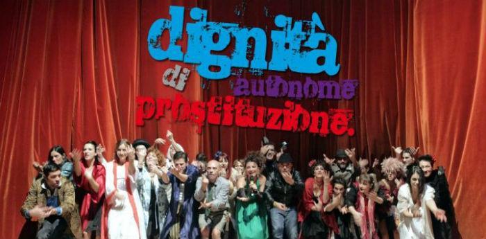 Locandina dello spettacolo Dignità Autonome di Prostituzione