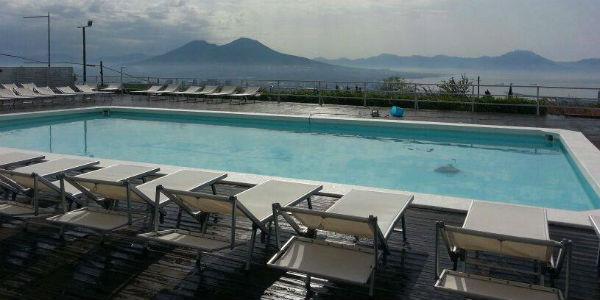 La piscina Jemming a Napoli