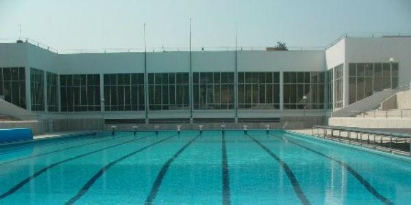 La piscina olimpionica della Mostra d'Oltremare di Napoli