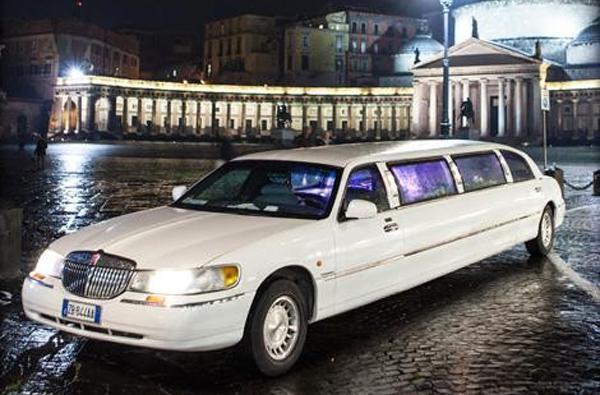coupon e offerte napoli tour in limousine