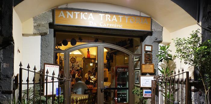 Antica-Trattoria-da-Carmine-a-Napoli