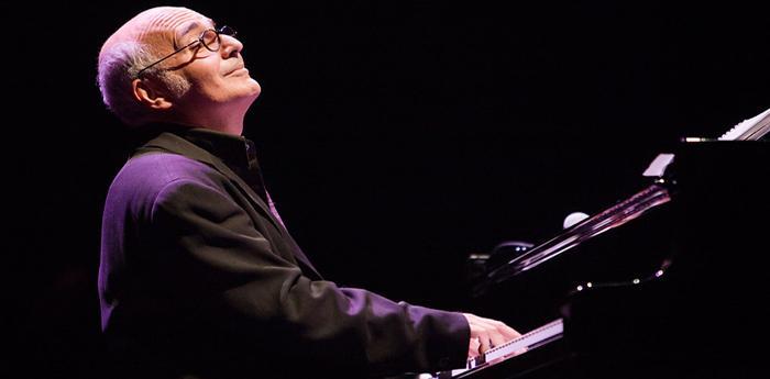 Ludovico Einaudi in concerto al teatro Augusteo di Napoli