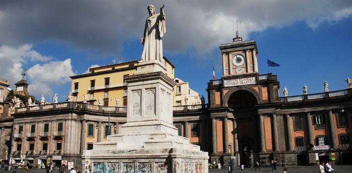 Manifestazione per la Terra dei Fuochi in Piazza Dante