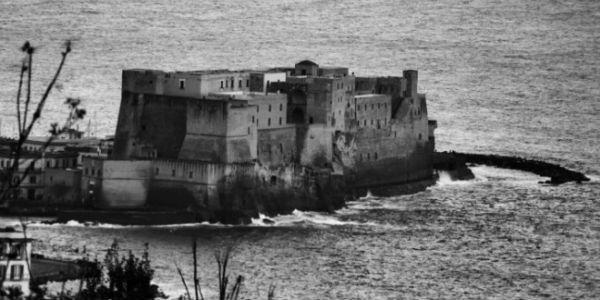Fotografia di Mario Zefirelli per la mostra Napoli svelata a Castel dell'Ovo