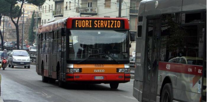 Sciopero generale dei trasporti pubblici a Napoli il 18 ottobre 2013