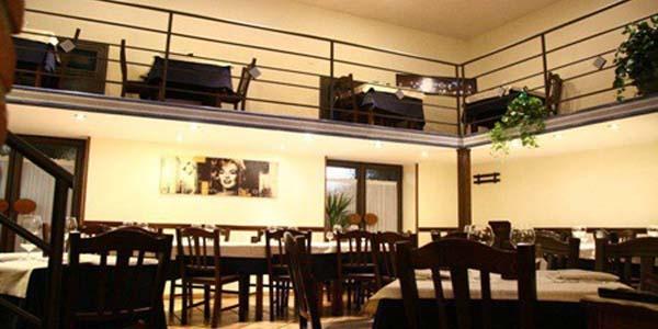 all'Alta Vita Risto Club cena più incisione in sala di registrazione