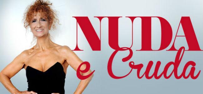 L'attrice comica romana Anna Mazzamauro in Nuda e Cruda al Teatro Troisi