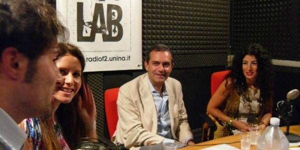 De Magistris ai microfoni della F2 Radio Lab, la web radio della Federico II