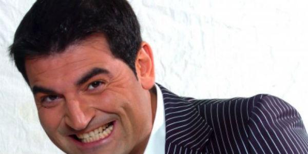 Max Giusti spettacolo al Teatro Acacia di Napoli