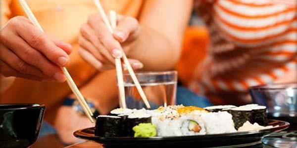 menu di sushi per due al wasabi go di napoli