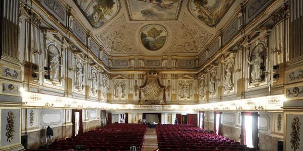 interno del teatrino di corte del palazzo reale di napoli