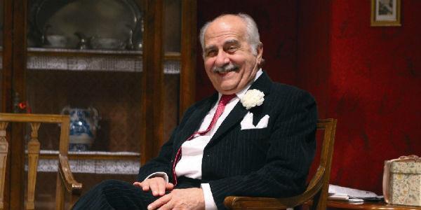 Luigi De Filippo nello spettacolo Un suocero in casa al Teatro Cilea di Napoli