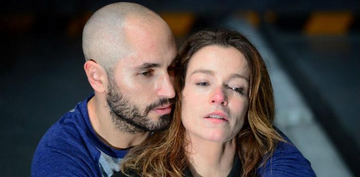 Stefania Rocca e Daniele Russo nello spettacolo Ricorda con rabbia al Teatro Bellini di Napoli