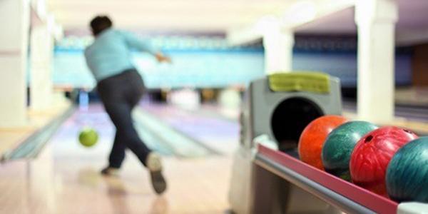 pista di bowling del bowling d'oltremare