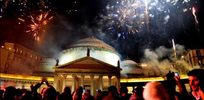 Capodanno a Napoli in piazza del Plebiscito