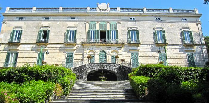 Musei del Duca di Martina situato nella Villa Floridiana