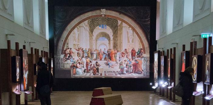 Sala di una Mostra Impossibile a San Domenico Maggiore a Napoli