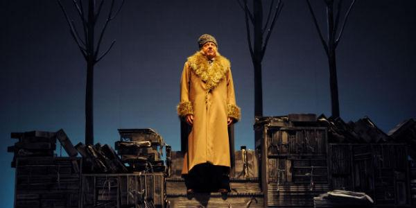 Il Cappotto di D'Alatri in scena al Teatro Stabile di Napoli