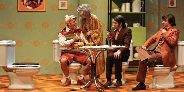 Arturo Cirillo ne La Purga al Teatro Mercadante di Napoli