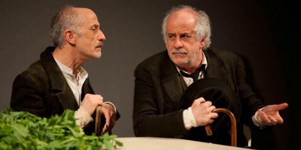 Toni e Peppe Servillo nello spettacolo Le voci di dentro