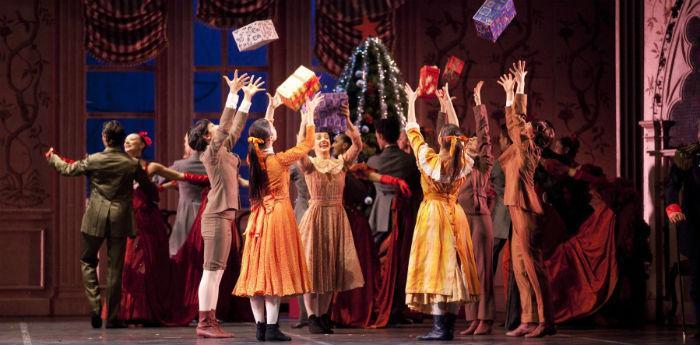 Balletto Lo Schiaccianoci in scena al Teatro San Carlo di Napoli