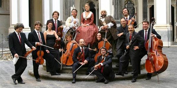 i componenti della nuova orchestra scarlatti di napoli