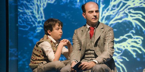 Scena dello spettacolo L'armonia perduta di Raffaele La Capria al Teatro Stabile di Napoli