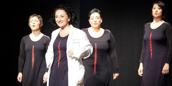 Scena di Passaggio Segreto al Teatro Bellini di Napoli