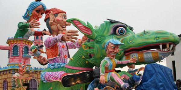 Carro allegorico del Carnevale Savianese