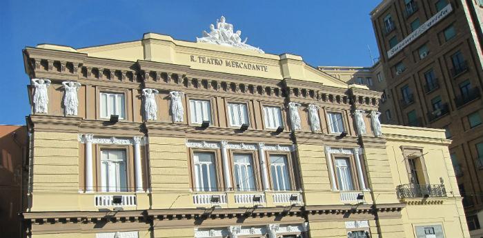 Teatro Mercadante di Napoli, passeggiata narrata tra i teatri di Napoli di Insolitaguida