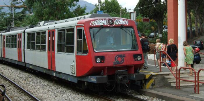 foto del treno della circumvesuviana
