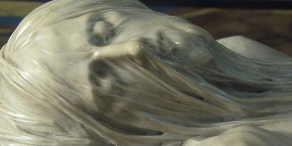 La statua del Cristo Velato, custodita nella Cappella Sansevero a Napoli