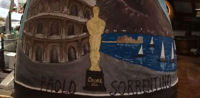 La foto dell'uovo di Pasqua di cioccolato dedicato al film La Grande Bellezza realizzato da Gay Odin