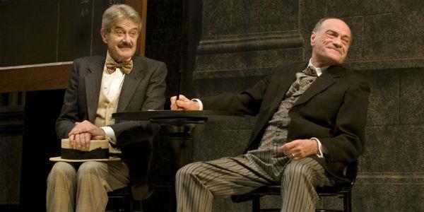 Scena dello spettacolo di Maurizio Scaparro La coscienza di Zeno al teatro Mercadante di Napoli