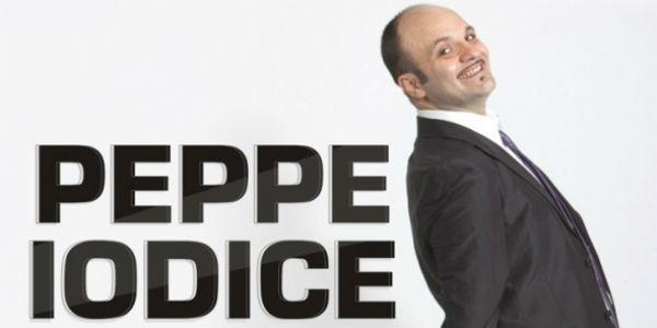 Locandina dello spettacolo Peppy Hour Party Show al Teatro Cilea di Napoli