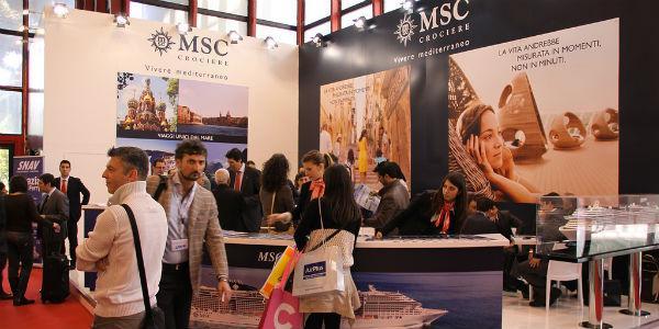 Padiglioni espositivi alla Borsa Mediterranea del Turismo di Napoli