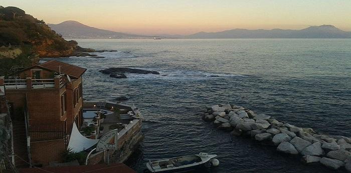 Borgo pescatori di Marechiaro, Pasquetta al Ristorante al Faro