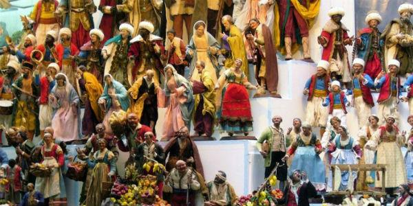 Presepi per la Fiera di Pasqua ai Decumani di Napoli