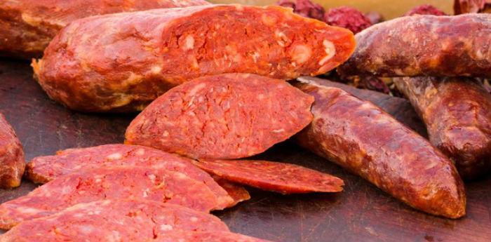 Salsiccia Rossa, specialità tipica di Castelpoto (BN)