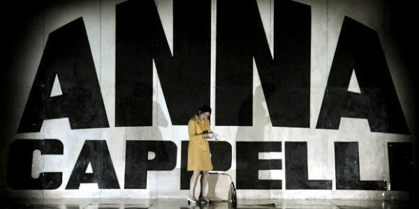 Anna Cappelli in scena alla Sala Assoli di Napoli