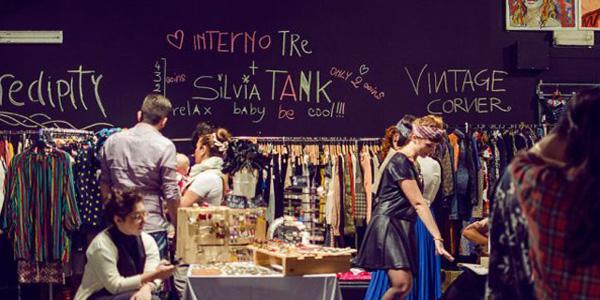 sala del mercatino hipster a napoli