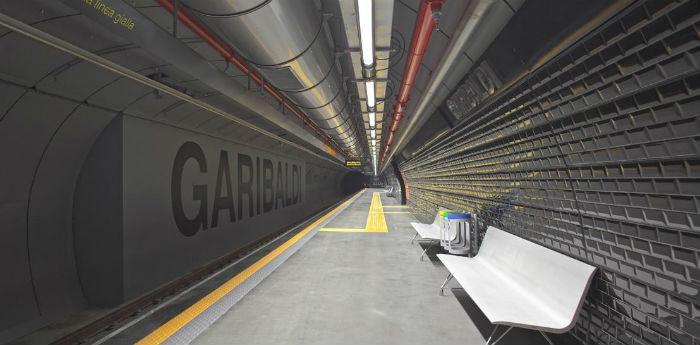 La stazione della metropolitana linea 1 di Garibaldi a Napoli