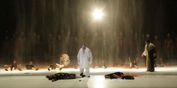 Lo spettacolo Pagliacci in scena al Teatro San Carlo di Napoli